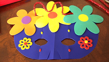 Tobybooks image of a craft mask for the Printable-crafts-blurb